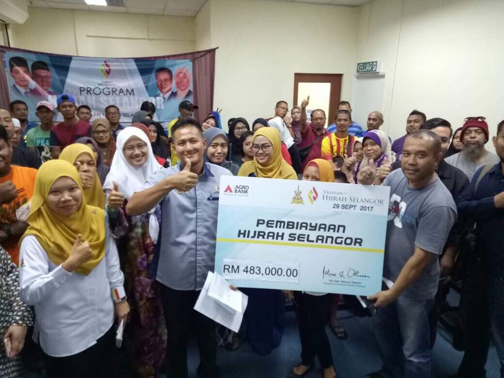a93435c02d27f Majlis penyerahan baucer hijrah selangor cawangan Kuala Selangor yg  kendalikan sepenuhnya oleh kakitangan cawangan pd pagi ini, seramai 62org  peserta dgn ...