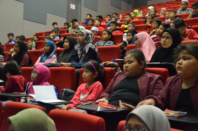 Seminar Formula Pelajar Cemerlang yang disampaikan oleh Dr ...